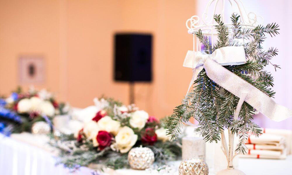 Looking-for-Winter-Wedding-Services-Through-Christmas-Eve